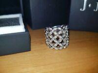 J.jaz Bonita Ring