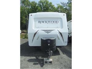 Pre-Enjoyed Rockwood 2905SS