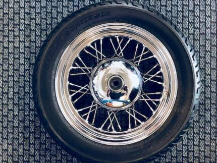 EVO HERITAGE FRONT WHEEL AND TYRE