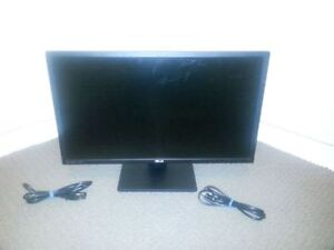 Asus PB287Q 28' 4K MONITOR..... MINT CONDITION......... LOOK...