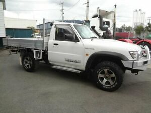 2005 Nissan Patrol GU ST (4x4) White 5 Speed Manual Coil Cab Chassis Coopers Plains Brisbane South West Preview