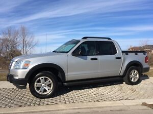 Super Clean 2009 Ford Explorer Sport Trac XLT 4x4 SUV, Crossover