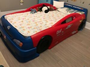 step two stock car convertible bed( 743400) for kids