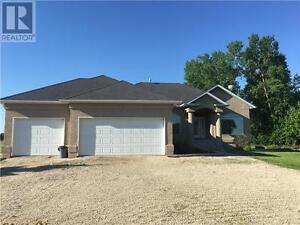 Beautiful Country Home Minutes West of Portage la Prairie