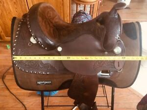 Leather Western Circle Y Saddle excellent condition