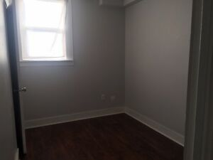 2 Bedroom Apartment on Cameron street near Wyandotte west!
