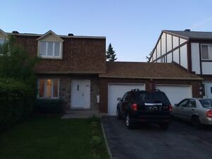 Maison a Louer  dans West Island /house for rent  in West ISland