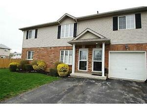 3 Bedroom, 2 Bath, Open Concept Condo near Link and Red Hill