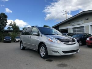 2010 Toyota Sienna LE**DVD/REMOTE STARTER/POWER SLIDING DOORS**