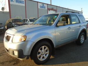 2008 Mazda Tribute SPORT---AWD--AMAZING SHAPE IN AND OUT Edmonton Edmonton Area image 3