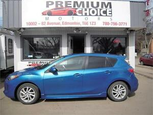 **** MAZDA 3****2012, GREAT ON GAS***
