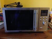 Microwave oven with grill DeLonghi £50