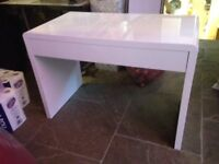 White modern desk/bressing table