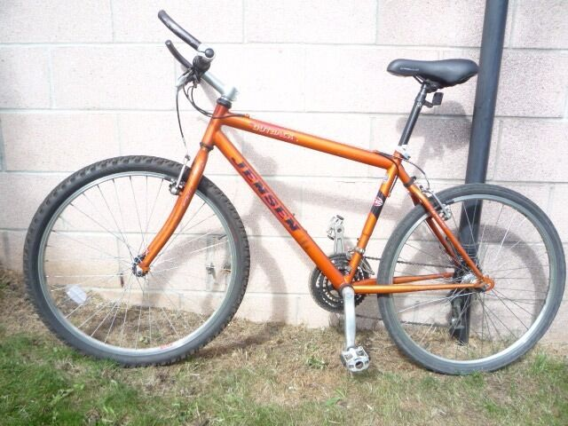 "Jensen 18"" Mountain bike alloy frame hand built Shimano gears plus £75 free accessories"