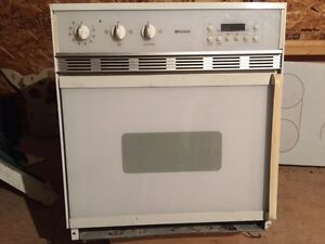 Built in oven & counter top burners