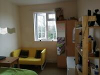 Double room in flat available for stoarge. Moments from Hendon Central and easy reach Brent Cross