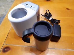 Mobicool D03 Thermos with Mini Heater/Refrigerator