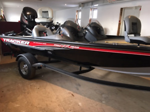 2018 Tracker Pro Team 175 TXW Bass Boat