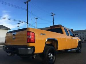 2007 Chevy Silverado 2500HD 4x4 = 187K = EXT CAB LONG BOX Edmonton Edmonton Area image 6