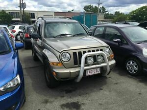 2005 Jeep Cherokee KJ MY05 Upgrade Sport (4x4) Gold 5 Speed Automatic Wagon Coopers Plains Brisbane South West Preview