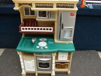 Step 2 kitchen set