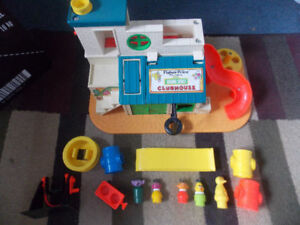 FISHER-PRICE LITTLE PEOPLE SESAME STREET CLUBHOUSE #937 (1976)