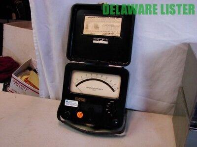 Vintage Weston Co. Volt Meter Model 622 Dc Micro Micrometer Bakelite 1950s