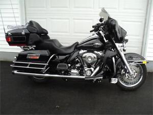 2010 Harley Davidson Ultra Glide Classic  $15,400