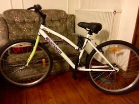 Bicycle in excellent condition for sale