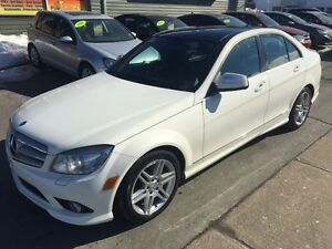 2009 Mercedes-Benz C-Class C350  4 MATIC  ONLY 120,000KMS