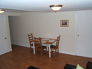 FURNISHED condo apartment - 1 bedroom - wifi, cable TV, monthly West Island Greater Montréal image 5