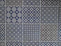Box of 100 Batik patterned kitchen tiles