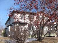 UNISON FIVE STAR UNFURNISHED TOWNHOUSE IN MARDA LOOP