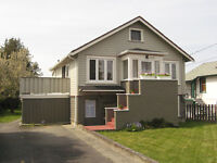 3 Bd/2 Bath top of a house in quiet neighborhood. March 1st.