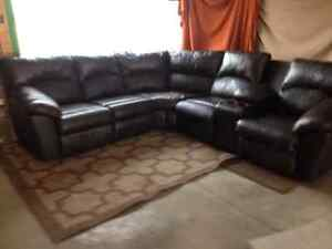 Leather sectional/motion furniture
