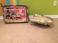 Vintage 1980 Star Wars Millennium Falcon Spaceship