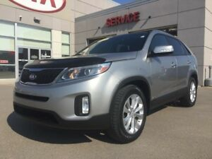 2015 Kia Sorento **HEATED SEATS**LEATHER**REAR CAMERA**PANORAMIC