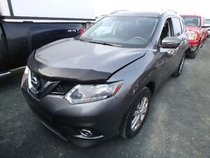 2014 Nissan Rogue SV AWD!! Full Factory warranty! One Owner, No