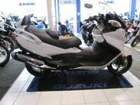 Suzuki AN650AL8 BURGMAN EXECUTIVE WITH TOP BOX, FREE DELIVERY UK MAIN LAND
