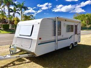 Stunning Roma Caravan in need of a new home - what a bargain..... Highland Park Gold Coast City Preview