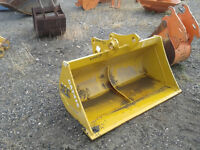 "CAT 416 CLEAN-UP BUCKET, 54"" WIDE NEW. 250-573-5733"