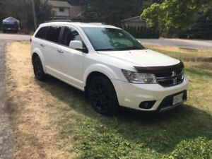 2011 Dodge Journey RT SUV, Crossover 7 seater with remote