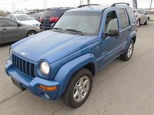 2004 Jeep Liberty Limited - *LOW KM! 4X4!*