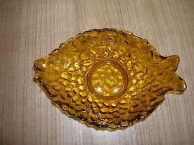 Schale Schälchen Glasschälchen Kompottschälchen Gelbglas Fischform 50er 60er?