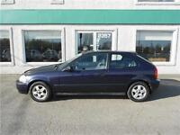 Honda Civic 1998, Manuelle....HatchBack!!!