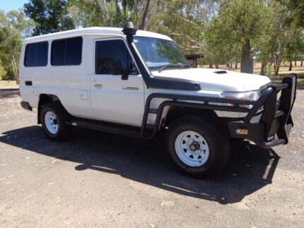 2015 Toyota Landcruiser VDJ78R MY12 Update Workmate (4x4) 2 Seat French Vanilla 5 Speed Manual Roma Roma Area Preview