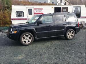 4x4 2007 Jeep Patriot Limited  FULLY LOADED 106000 KM ONLY !!!