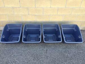 Rubbermaid - Strong stackable storage bins (4)