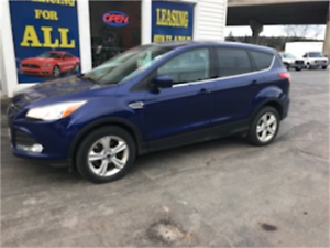 $85/WEEK TAX IN!! 2014 Ford Escape SE ALL-WHEEL DRIVE ECO-BOOST
