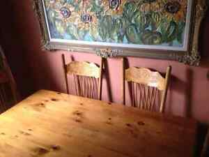 SOLID PINE HARVEST TABLE WITH CHAIRS Kingston Kingston Area image 2
